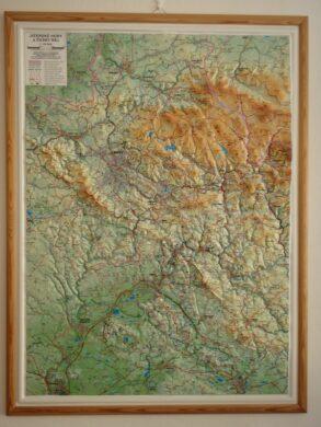 Jizerské hory a Český ráj / plastická mapa  1:66 666(X270)
