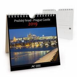 Pražský hrad / pohl. kal. na rok 2019-Kalendář je možno zavěsit na stěnu i postavit na stůl. Jednotlivé listy lze použít jako pohlednice.
