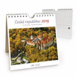 Česká republika / pohl. kal. na rok 2019-Kalendář je možno zavěsit na stěnu i postavit na stůl. Jednotlivé listy lze použít jako pohlednice.